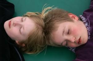 Narkolepsie bei Kindern nach Schweinegrippe-Impfung - Wirkstoffverstärker verdächtig