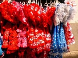Studie Greenpeace: Auch in teurer Markenbekleidung für Kinder sind gefährliche Schadstoffe enthalten