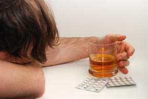 Wirkungslose Pillen mit großer Wirkungsweise: Ritual des Tablettenschluckens kann helfen Schmerzen zu lindern