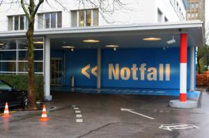 AOK schlägt Alarm: Durch Behandlungsfehler in Kliniken sterben mehr Menschen als durch Verkehrsunfälle