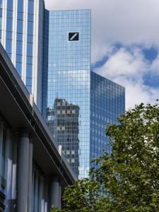 Erneut Schlagzeilen um die Deutsche Bank: Ex-Risikomanager begeht Selbstmord