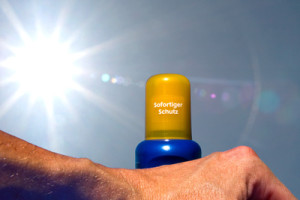 Schon im Frühling droht Sonnenbrandgefahr: Sonnenanbeter sollten sich auch jetzt schon eincremen