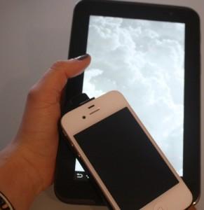 Kinder mit Sehschwäche erhalten Smartphone-App auf Rezept - erste Online-Therapie weltweit