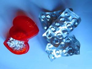 Bei chronischen Schmerzen können alternative Therapien genauso gut helfen wie starke Schmerzmittel