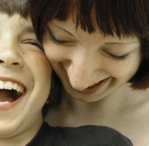 Pubertät: Bei Mädchen und Jungen entwickeln sich die Gehirne gegensätzlich