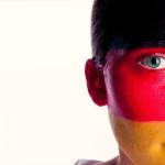 Getestete WM-Schminkstifte enthalten gefährliche Stoffe – Behörden dürfen Hersteller-Namen nicht nennen