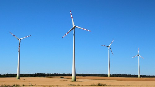 Bild (c) Tomas74 - wind-energy-252355_1920 - pixabay.com