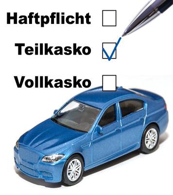 Auto:KFZ Versicherung wechseln trotz Schufa-Eintrag?